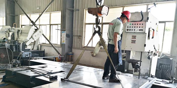 风雷益分享5083铝板在轻轨中的应用!