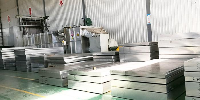 5052合金铝板应用于汽车燃油箱材料的原因是什么?